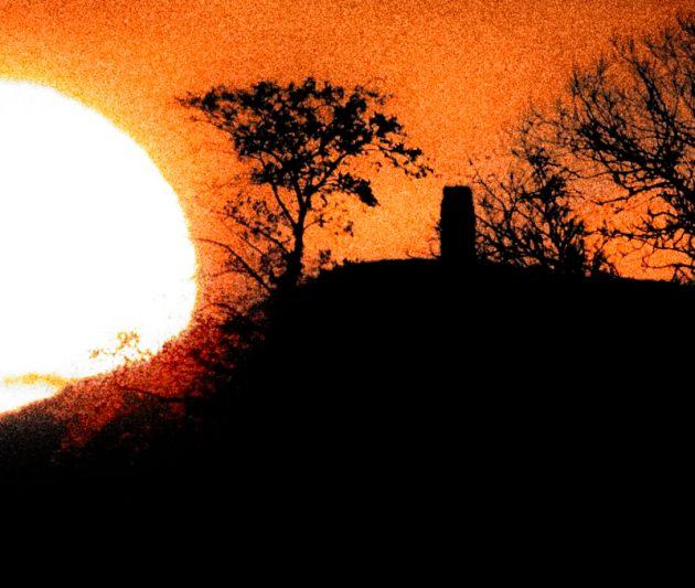 Sunrise and Glastonbury Tor 3