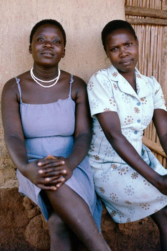 Luo women